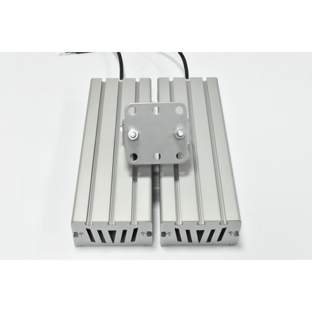 Светодиодный уличный светильник SVT-STR-M-61W-DUO