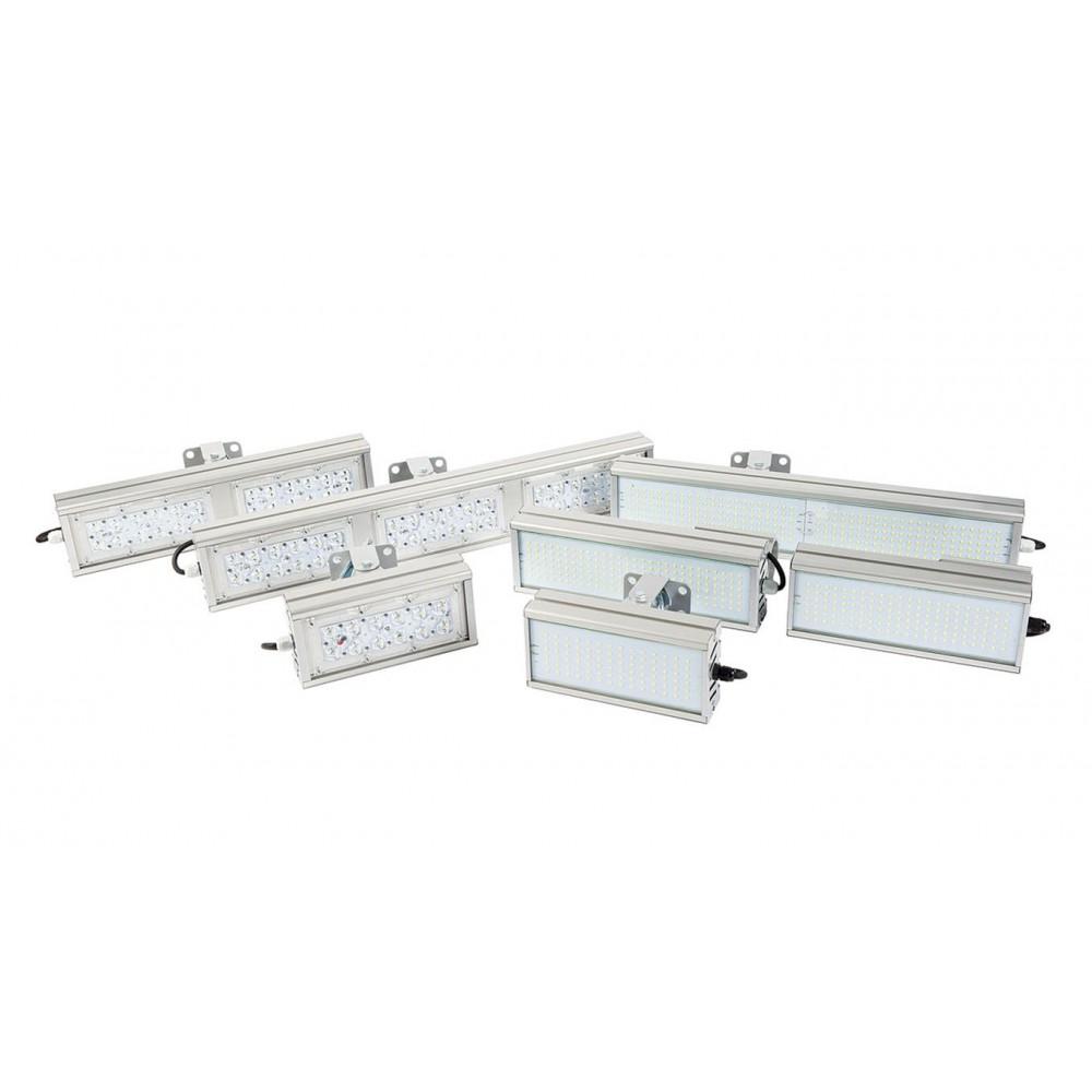 Светодиодный уличный светильник SVT-STR-M-32W-TRIO90 (с защитой от 380)